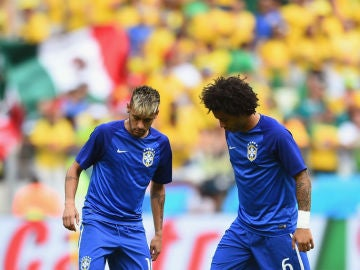 Marcelo y Neymar, en un entrenamiento de la selección brasileña