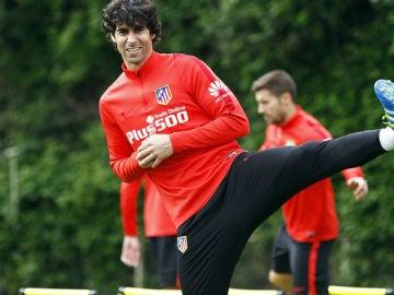 Tiago, en un entrenamiento con el Atlético