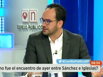 """Frame 105.566014 de: Antonio Hernando: """"Si el PSOE gana las elecciones, a la semana habrá un gobierno progresista"""""""