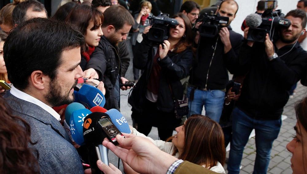 Alberto Garzón, a la entrada del Consejo Político
