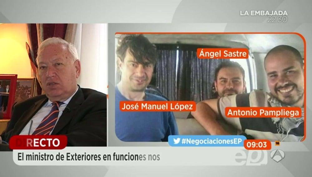 """Frame 129.230425 de: Margallo confiesa que sintieron """"cierta tranquilidad"""" al saber que los secuestradores de los periodistas eran de la filial de Al Qaeda"""