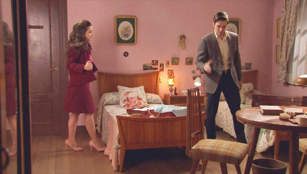 Clara y Nicolás ocultan su precaria situación económica