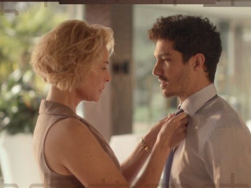 Claudia echará a Carlos de su casa