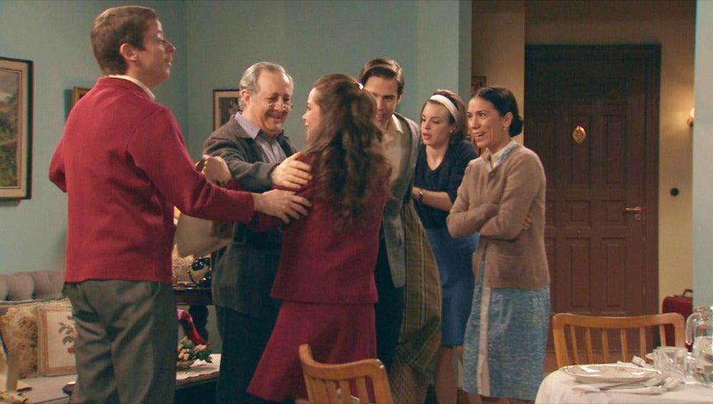 Clara y Nicolás vuelven