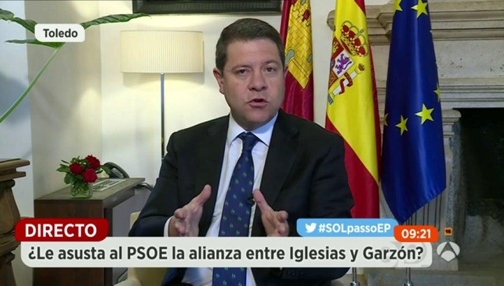 """Frame 203.00008 de: García-Page: """"No hay que tomarse a broma la confluencia entre IU y Podemos"""""""