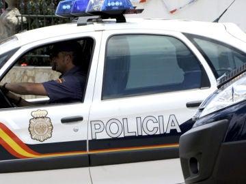 Coche de Policía Nacional.