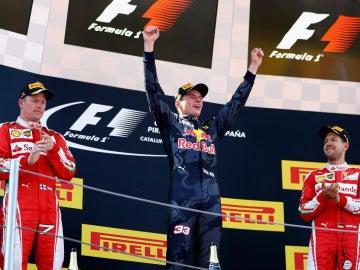 Verstappen, Raikkonen y Vettel, en el podio del GP de España