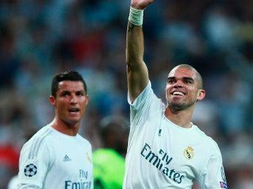 Cristiano y Pepe, líderes de Portugal en la Eurocopa de Francia