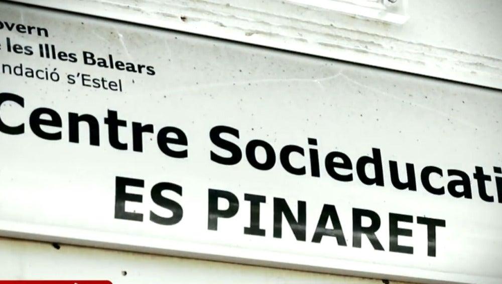 Es Pinaret