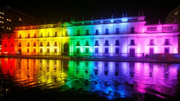 Los colores del arcoíris en La Moneda (18-05-2016)