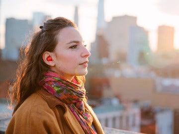 El auricular que traduce el idioma en tiempo real