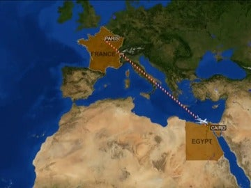Frame 9.394623 de: Un avión de la compañía EgyptAir con 66 personas a bordo se ha estrellado cerca de la isla griega de Karpathos
