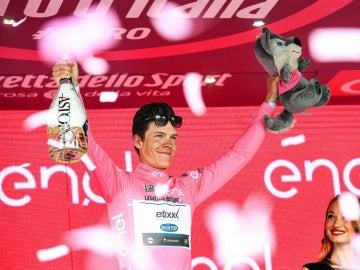 Jungels mantiene la 'maglia rosa' una etapa más