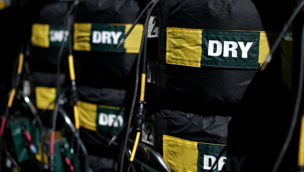 Neumáticos apilados en el trazado de Hungaroring