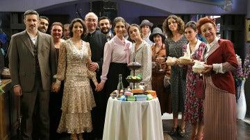 El elenco de personajes de 'El secreto de Puente Viejo'