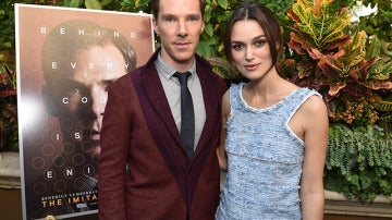 Benedict Cumberbatch junto a Keira Knigthley