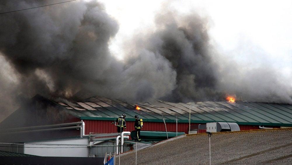 Incendio en una fábrica de León