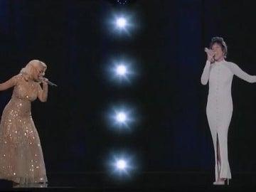 Christina Aguilera y el holograma de Houston