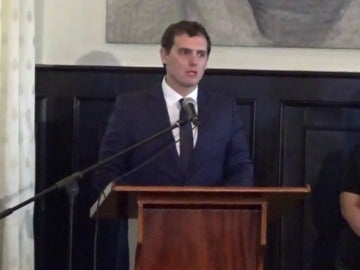 """Frame 78.62222 de: Rivera, en Venezuela: """"Yo quiero apoyar desde mi partido, desde mi país, el diálogo institucional"""""""