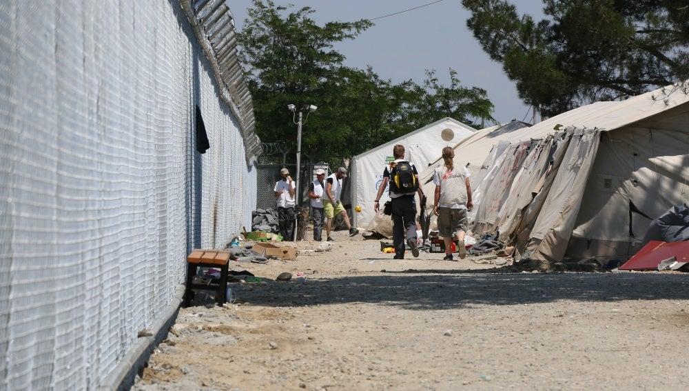 Evacuan el campamento de Idomeni