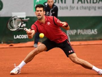 Novak Djokovic en Roland garros ante el checo Tomas Berdych