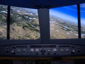 """Frame 18.047537 de: Buscamos en un simulador las posibles causas del siniestro del avión de """"Egypt Air"""""""