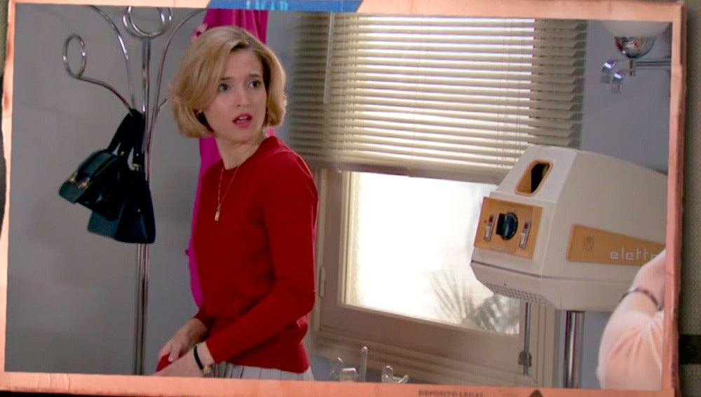 Carlota se culpa del robo en la peluquería