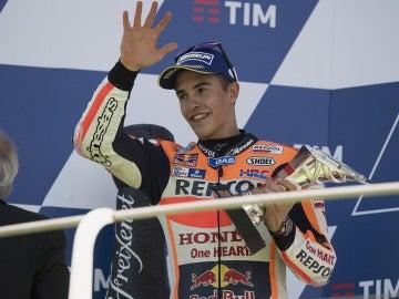 Marc Márquez en el podio del MotoGP