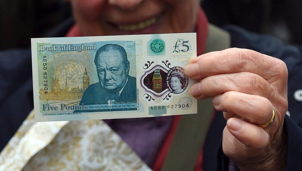 El nuevo billete de plástico de cinco libras