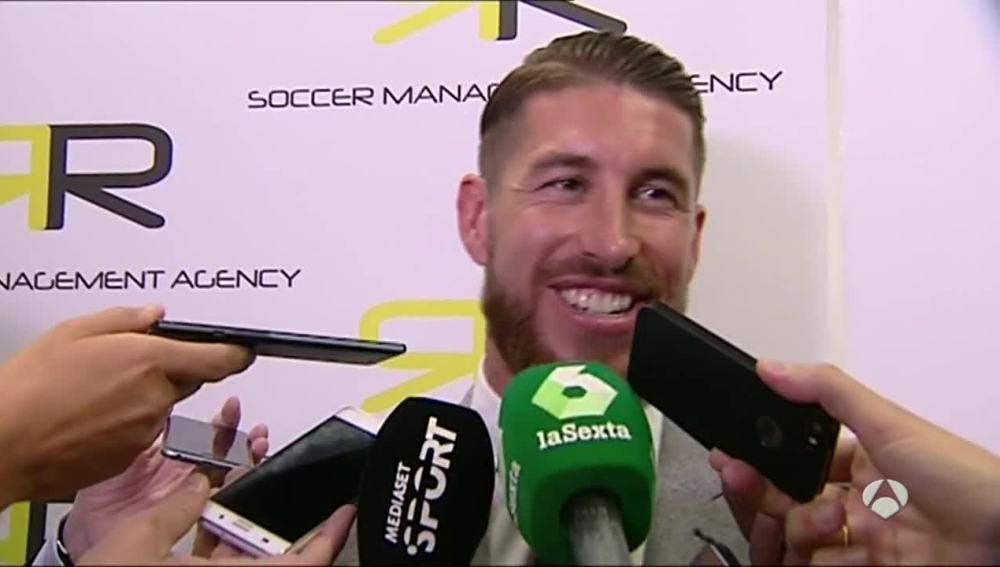 Sergio Ramos atiende a los medios de comunicación