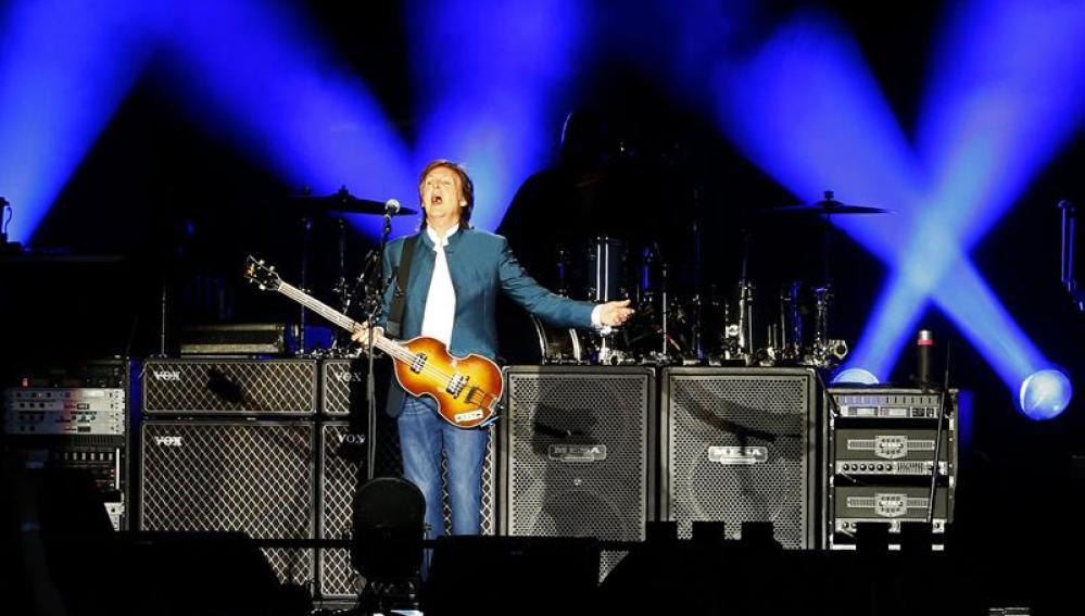 Paul McCartney en el escenario del Vicente Calderón.