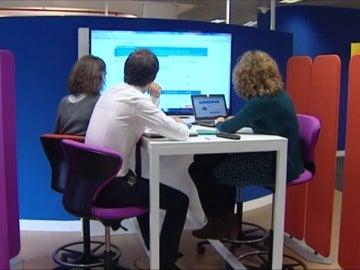 Frame 24.238279 de: Así es la oficina del futuro