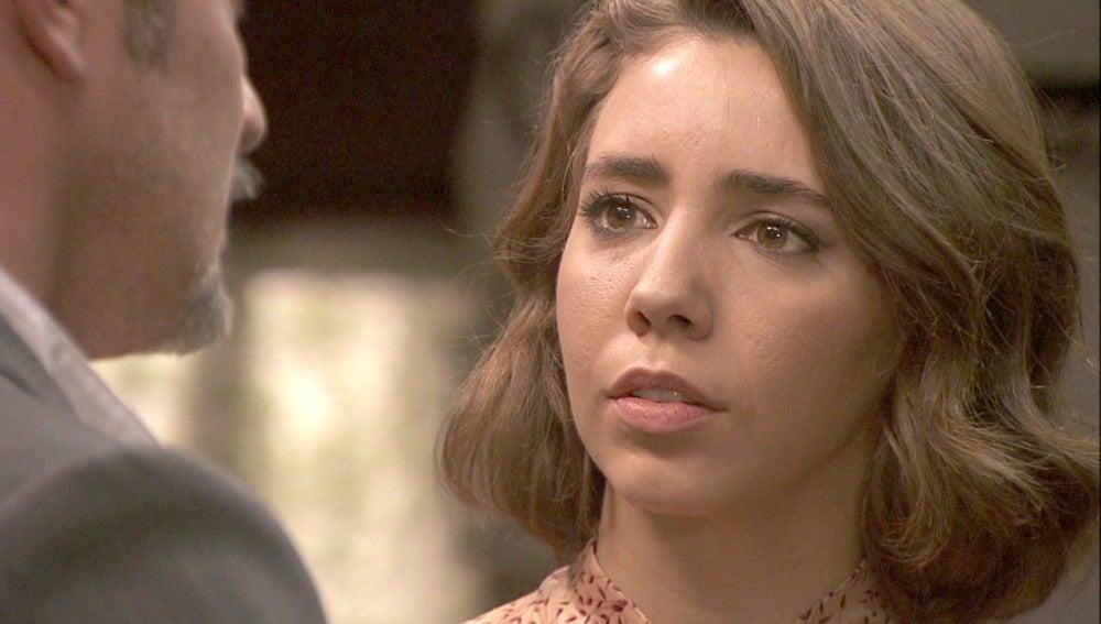 Alfonso reprocha a Emilia su relación con Cristóbal