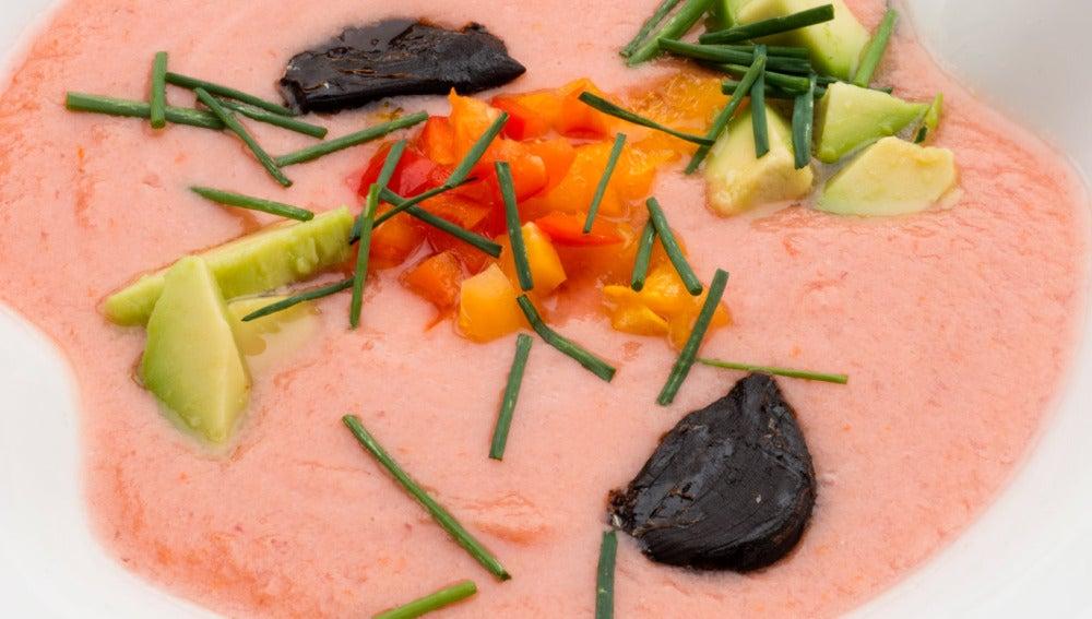 Gazpacho de tomate y cerezas