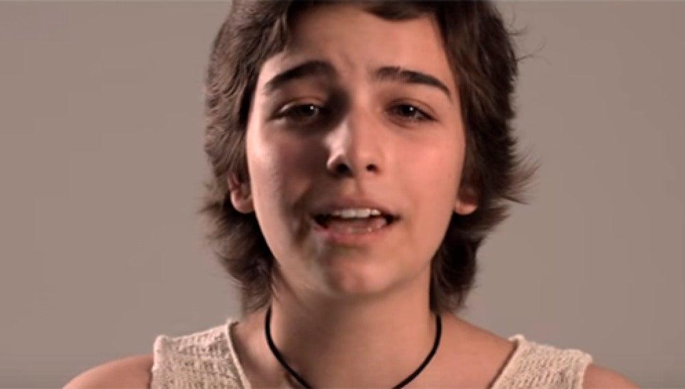 Una de las protagonistas del video 'Acabo de llegar'.