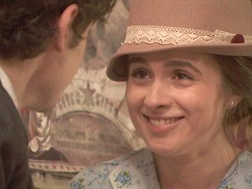 Matías le declara su amor a Beatriz