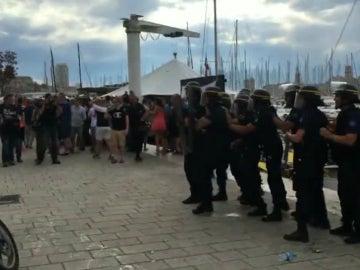 Hooligans ingleses, en Marsella
