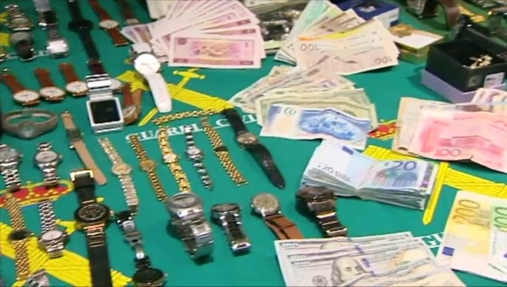 Frame 26.562048 de: Desmantelan en Madrid una banda que asaltó 50 viviendas en sólo dos meses