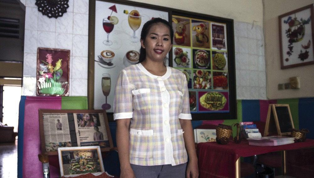 Lim Mouly Ratana, la fundadora de la escuela Koun Brosar Srey
