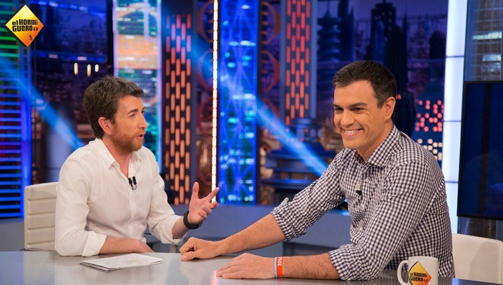 """Pedro Sánchez: """"Iglesias antepuso el derecho a la autodeterminación de Galicia, el País Vasco o Cataluña"""""""