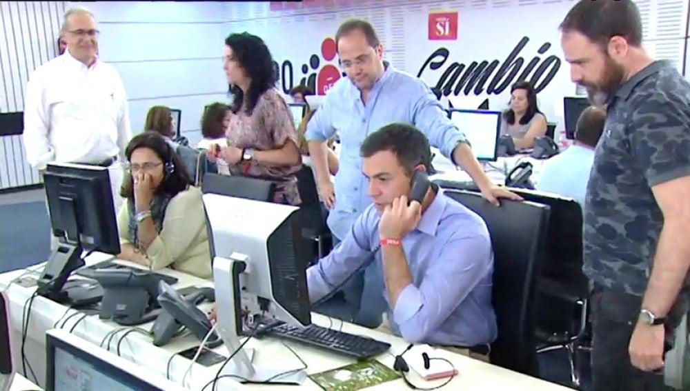 """Frame 4.398078 de: Sánchez avisa de que lo más inútil es votar """"a los extremos"""", porque no pueden pactar con nadie"""