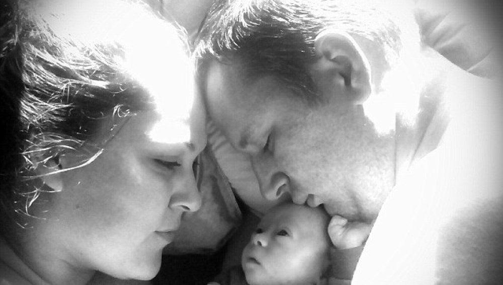Claire y Benjamin con su hijo Xavier