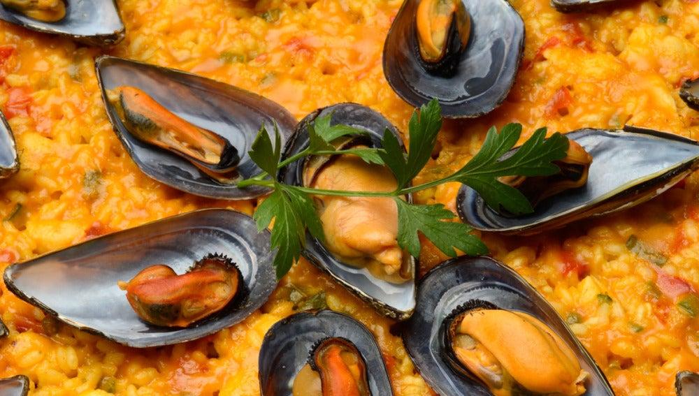 Antena 3 tv paella de pescado y marisco - Paella de pescado ...