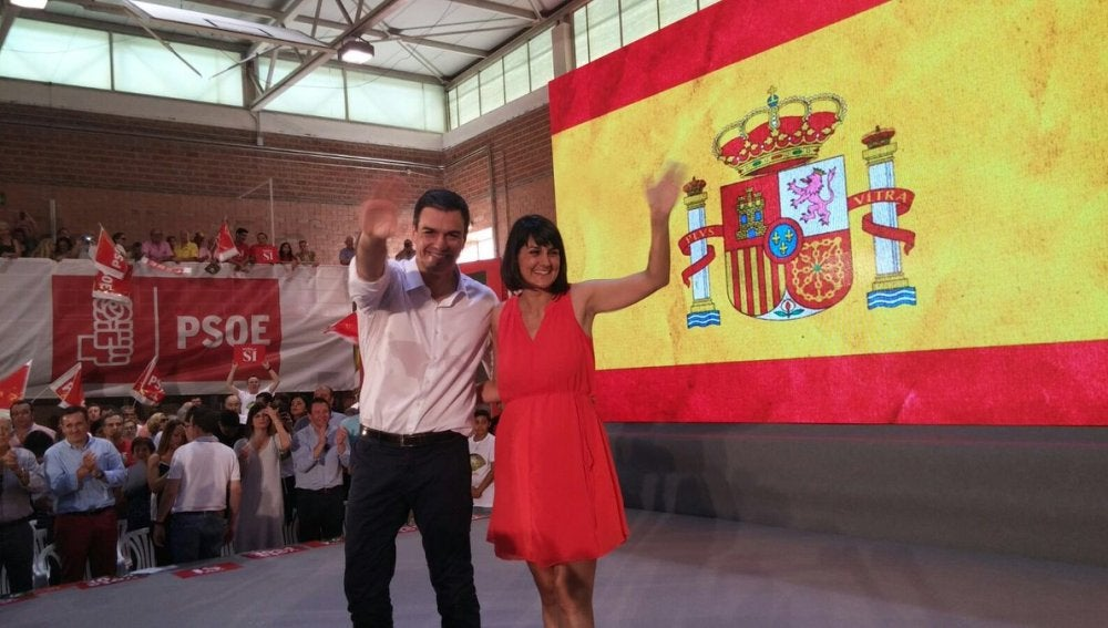 Pedro Sánchez en un mitin en Murcia