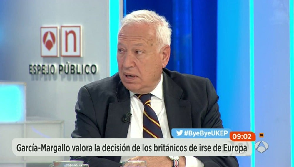 Frame 37.937415 de: Margallo ofrece a Gibraltar un sistema de cosoberanía con un estatuto fiscal propio