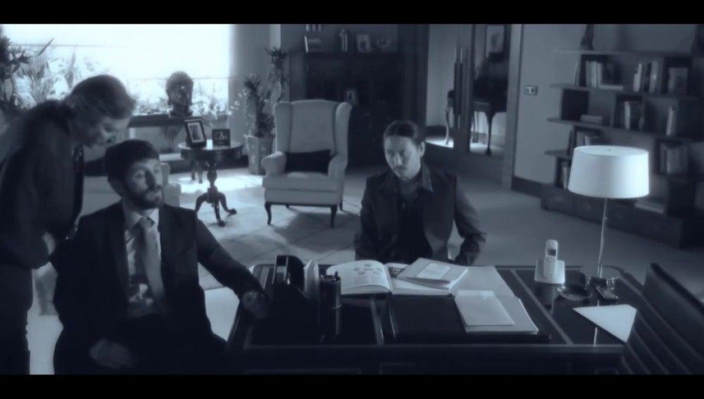 """Frame 32.635109 de: """"La muerte del embajador no fue un accidente"""""""
