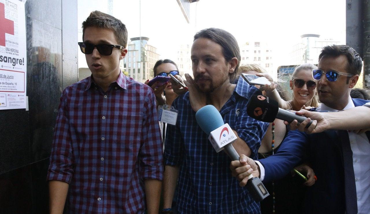 Pablo Iglesias e Iñigo Errejón llegan a la reunión de Podemos