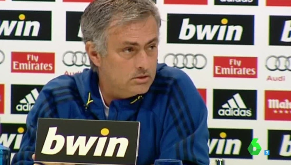 Mourinho, durante una rueda de prensa con el Real Madrid