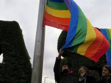 La Plaza de la Memoria Trans inaugura oficialmente el Día contra la Transfobia