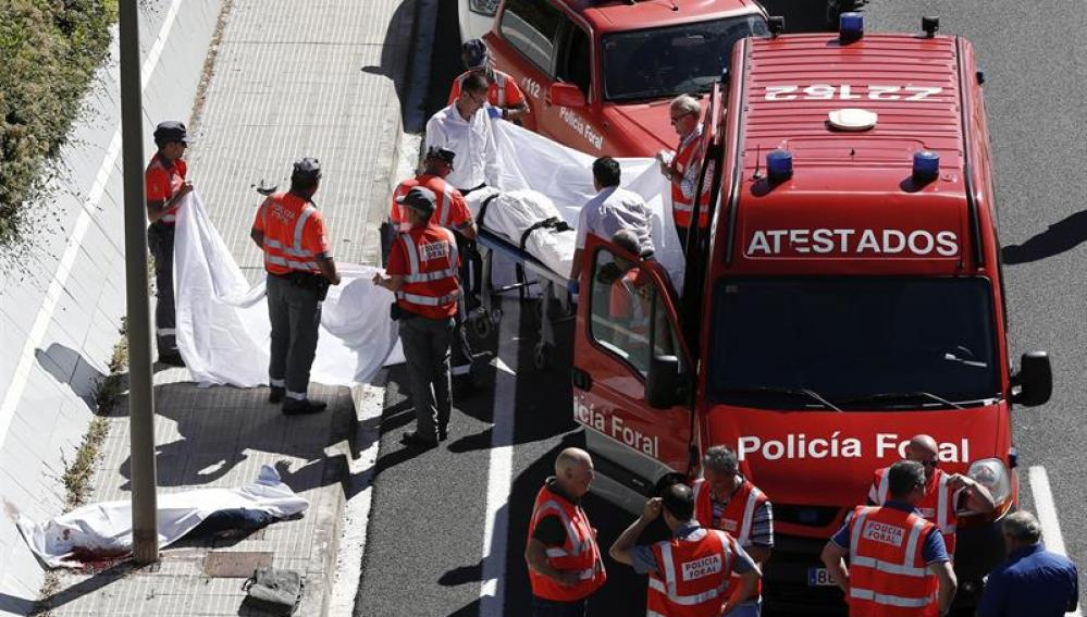 Accidente de tráfico con dos fallecidos en Zizur, Navarra.